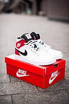 Баскетбольні кросівки Air Jordan 1 Retro Mid RedWhite, фото 3