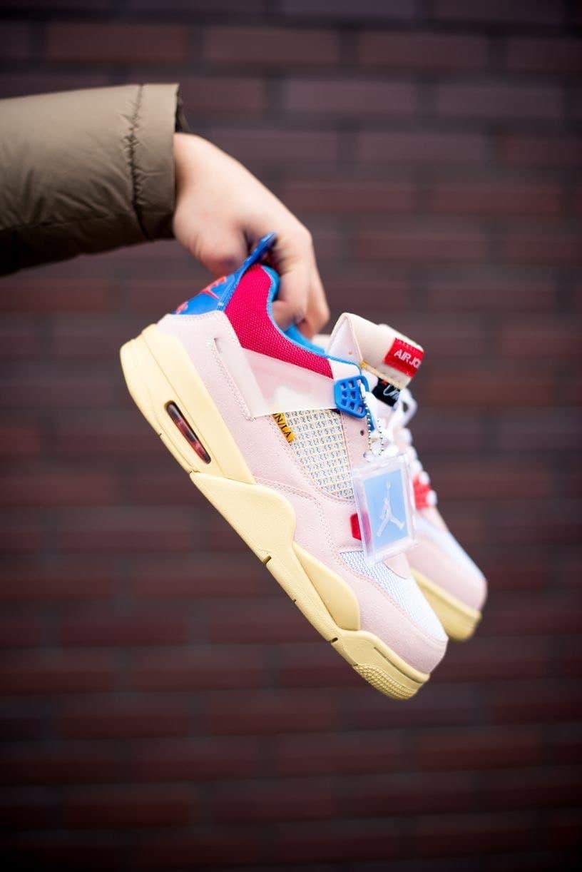Баскетбольные кроссовки Air Jordan 4 RETRO SP Union - Guava Ice