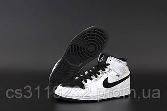 Женские кроссовки Air Jordan 1 White  (белые)