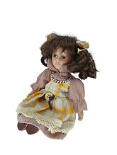 Кукла сидячая фарфоровая декоративная Настя высота 20 см