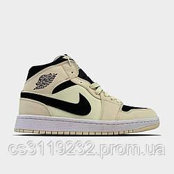 Женские кроссовки  Air Jordan 1 Beige Black  (бежевые)