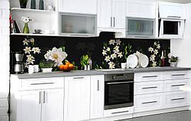 Кухонний фартух 3Д плівка Білий едельвейс Лілії фотодрук наклейка на стіну 60х250см Квіти Зелений