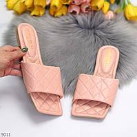 Актуальные дизайнерские розовые женские шлепки шлепанцы геометрия в ассортименте 36-39 р-р