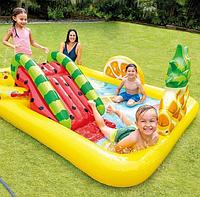"""Детский надувной игровой центр- бассейн 57158 Intex """" Тропические фрукты"""" с горкой, размер 244х191х91"""
