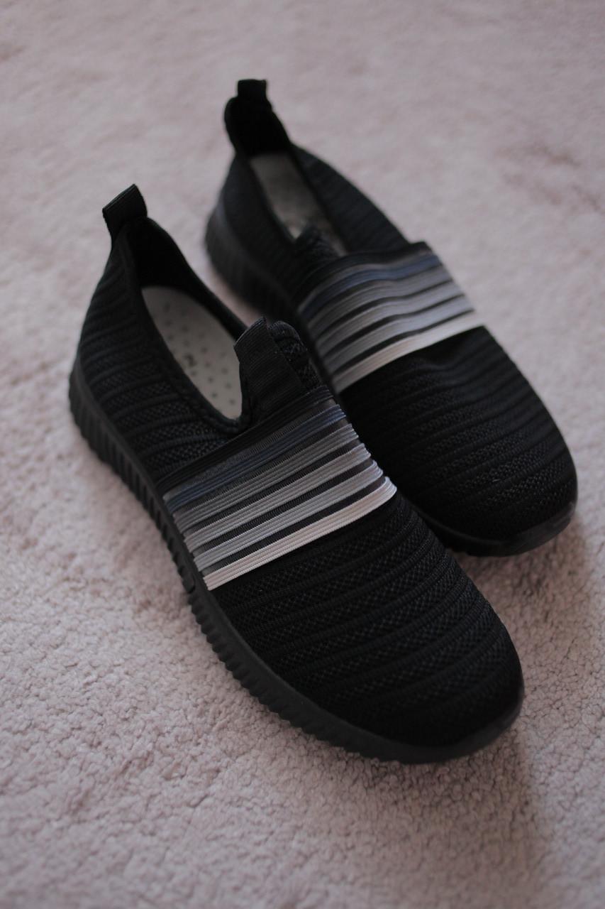 Женские кроссовки черные трикотажные стиль Adidas Runner 36-39