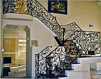 Перила лестницы для дома