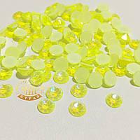 Стразы Xirius Crystals, Neon Yellow AB, ss20 (4,6-4,8 мм), 100шт