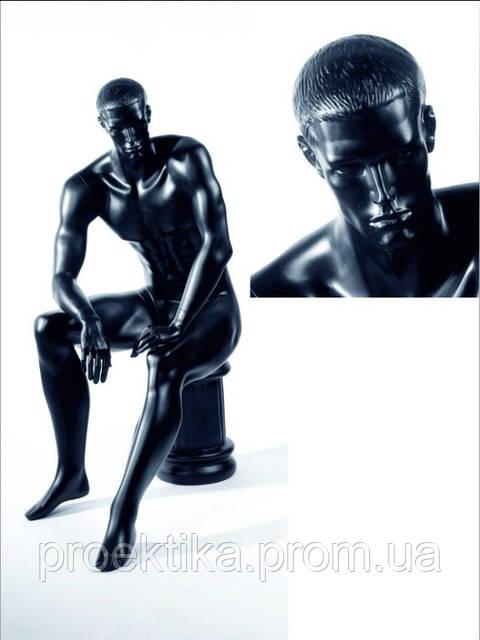 Манекен мужской черный сидящий