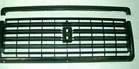 Решетка ВАЗ 2107 радиатора черная + молдинг ( 2ч.)