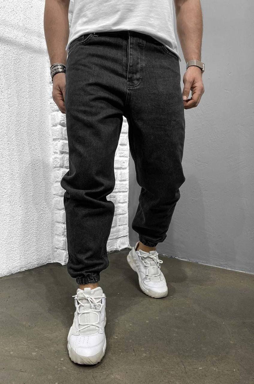 Мужские джинсы-джоггеры черного цвета