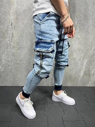 Чоловічі джинси блакитного кольору з накладними кишенями, фото 2