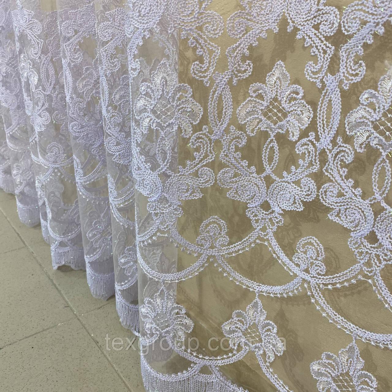 Готова фатиновая тюль №116203 з розкішною вишивкою 5*2,70 м біла