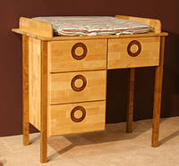 Пеленальный столик, комод, из массива дерева 007