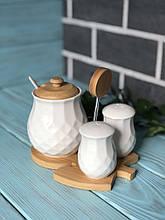 Набір для спецій Naturel ромб: сільничка, перечниця і цукорниця з ложкою на бамбуковій підставці