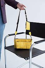 Жовта маленька сумка 63715 трійка жіноча комплект 3 в 1 через плече плетена крос-боді
