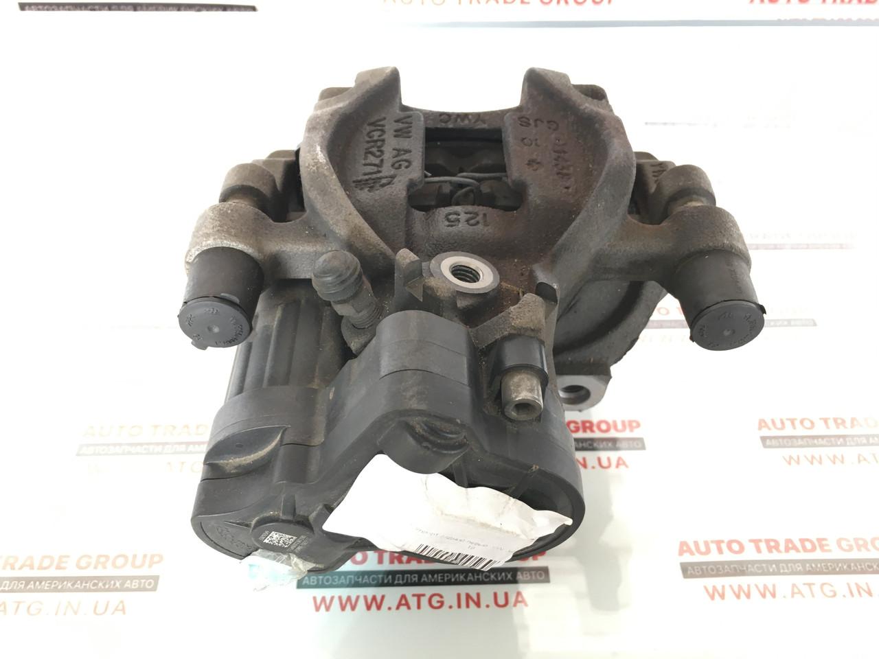 Суппорт задний правый  VW Jetta 1.4Т 19  8V0-615-424-D