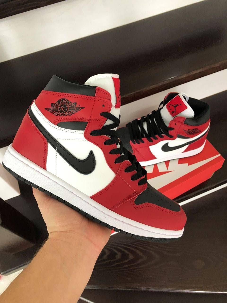 Кросівки Air Jordan 1 High чорні з сірим\білі весна/осінь 41   42   43   44   45   46
