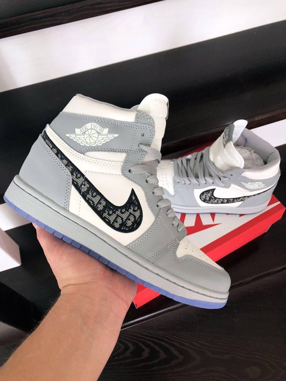 Кросівки  Air Jordan 1 сірі з білим весна/осінь  41 | 42 | 43 | 44 | 45 | 46