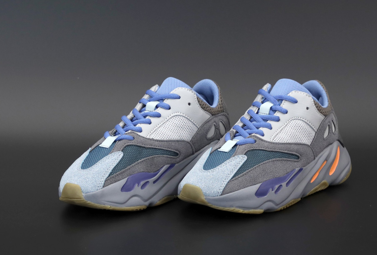 Жіночі сірі Кросівки Adidas Yeezy Boost 700