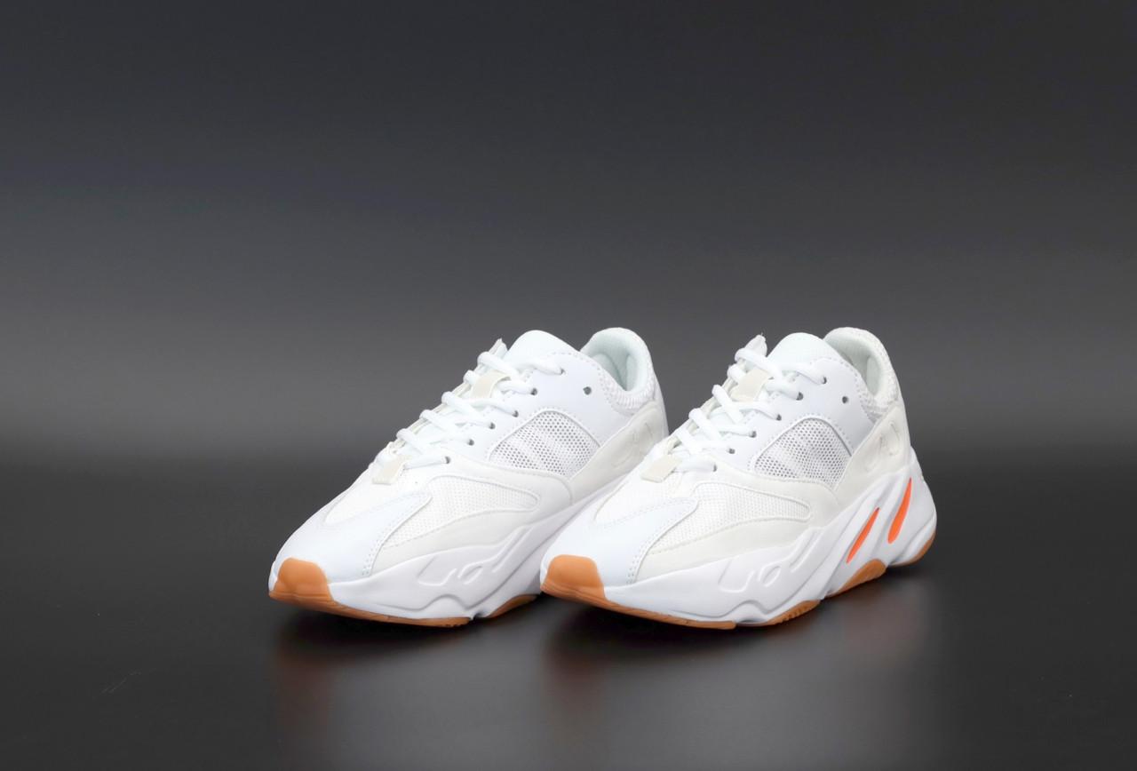Женские белые Кроссовки Adidas Yeezy Boost 700
