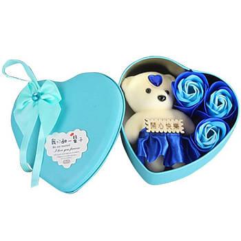 Коробка в форме сердца с мыльными розами и мишкой Бирюзовая