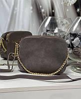 Женская сумка через плечо кросс-боди сумочка клатч на цепочке коричнев-серая натуральная замша+кожзам, фото 1