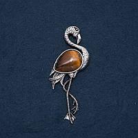 Брошь кулон Фламинго с натуральным камнем Тигровый Глаз 85х30мм купить оптом в интернет магазине
