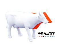 Колекційна статуетка корова Kow біла з червоною смугою, фото 1