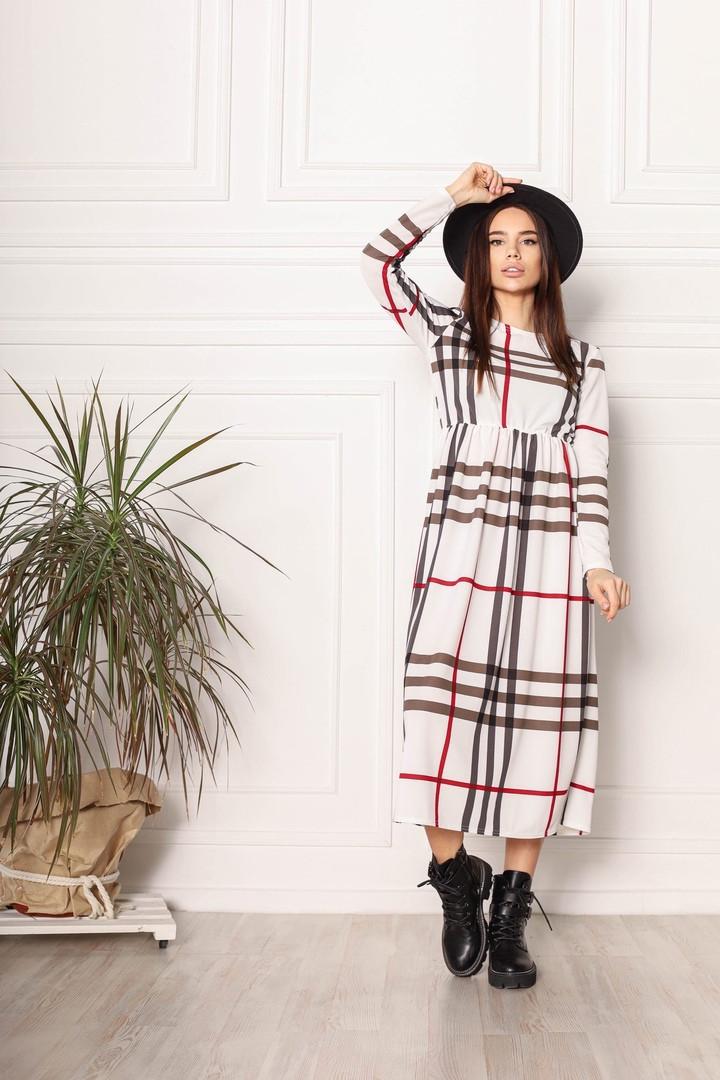 Трикотажне жіноче плаття в клітку