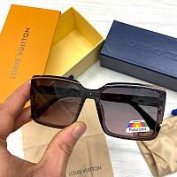 Женские солнцезащитные очки Фенди реплика Черные с градиентом с поляризацией, фото 1