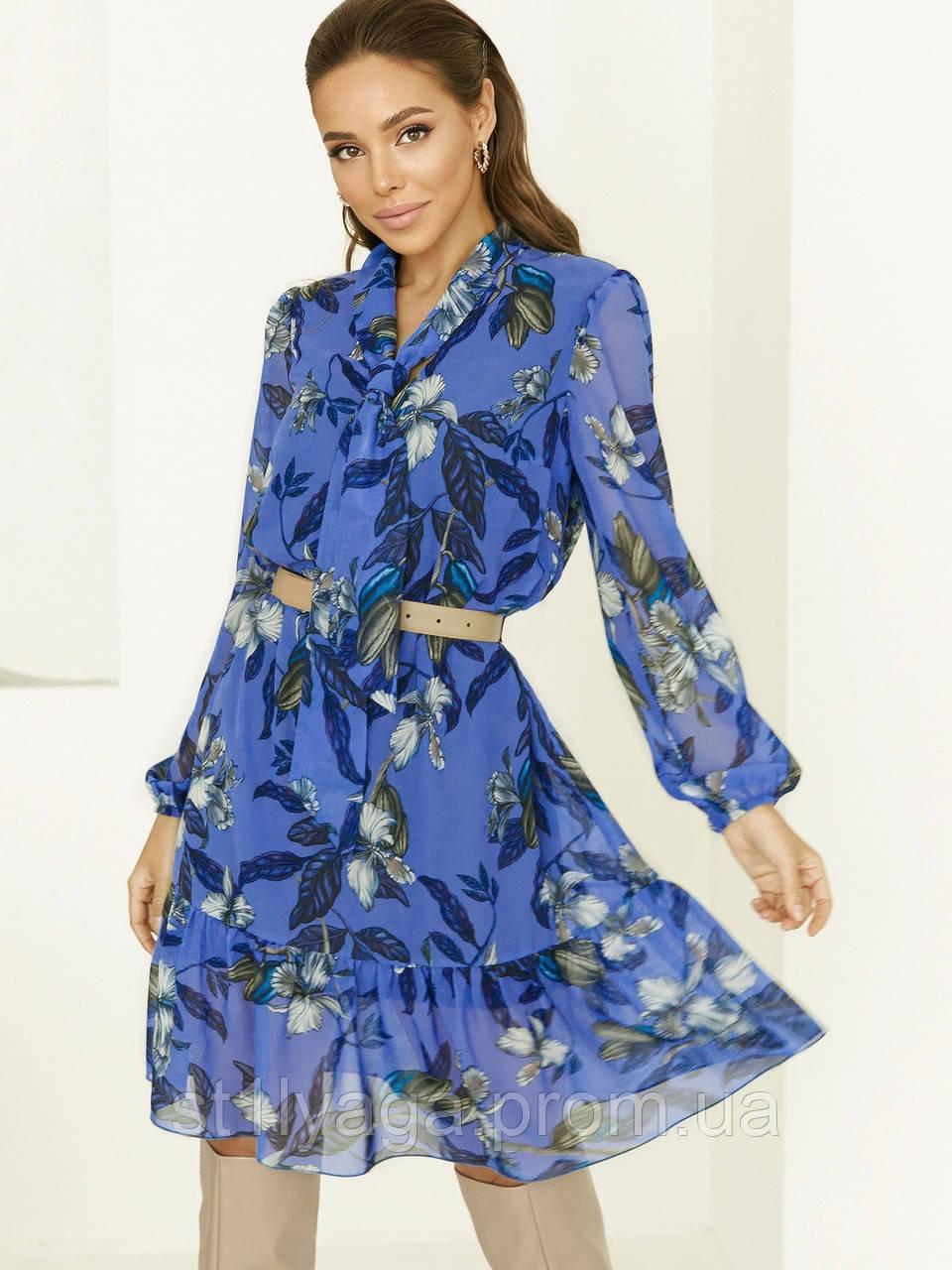 Блакитне плаття з шифону в квітковий принт з воланом по низу