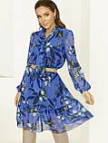 Блакитне плаття з шифону в квітковий принт з воланом по низу, фото 6