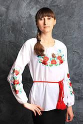 Привлекательная женская вышиванка