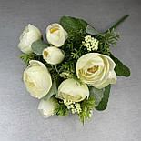 Штучні квіти Букет ранункулюса з ягодою 30 см. штучна камелія персиковий, фото 6