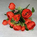 Штучні квіти Букет ранункулюса з ягодою 30 см. штучна камелія персиковий, фото 7