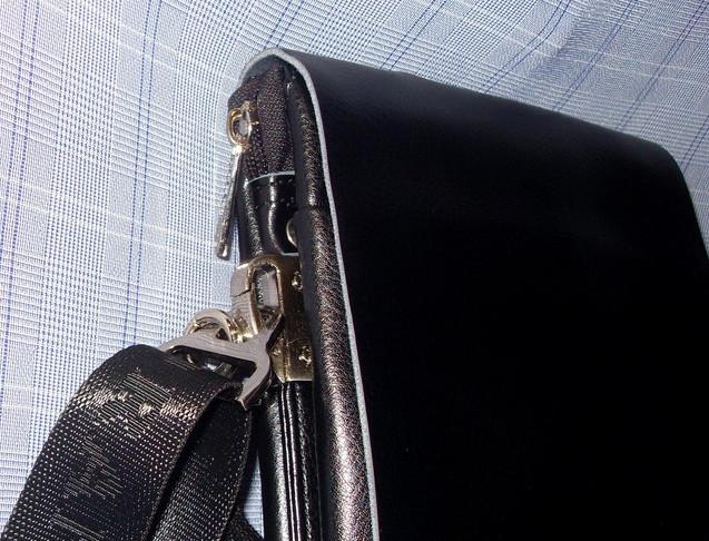Сумка планшет верх - натуральная кожа. 32 х 26 см.