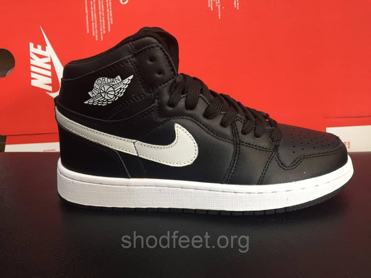 Підліткові кросівки Air Jordan 1 Retro Black White, аїр джордан 1 ретро