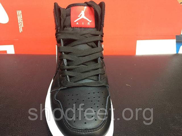 кросівки Air Jordan 1 Retro Black White