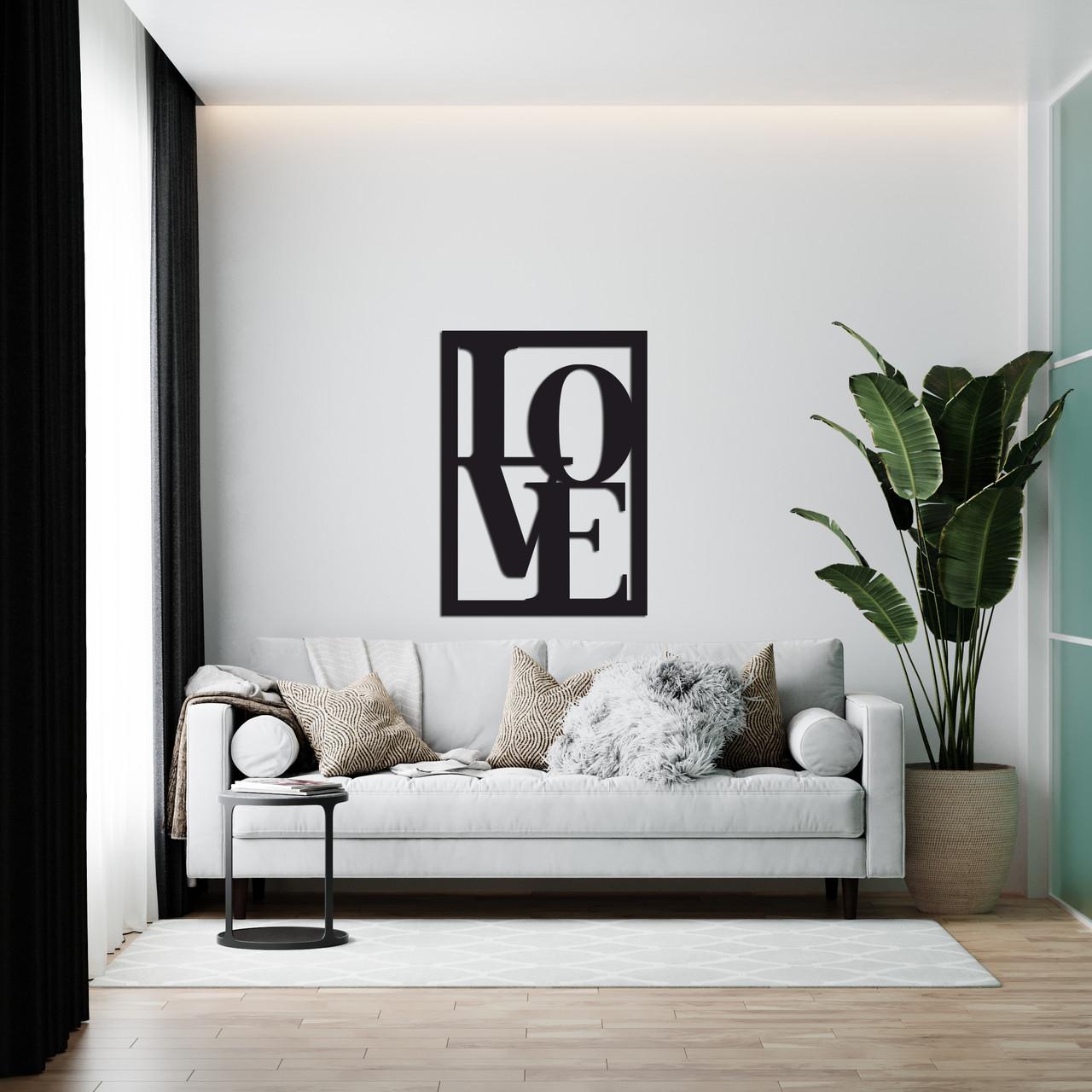 Оригинальное декоративное панно на стену из дерева «Love»