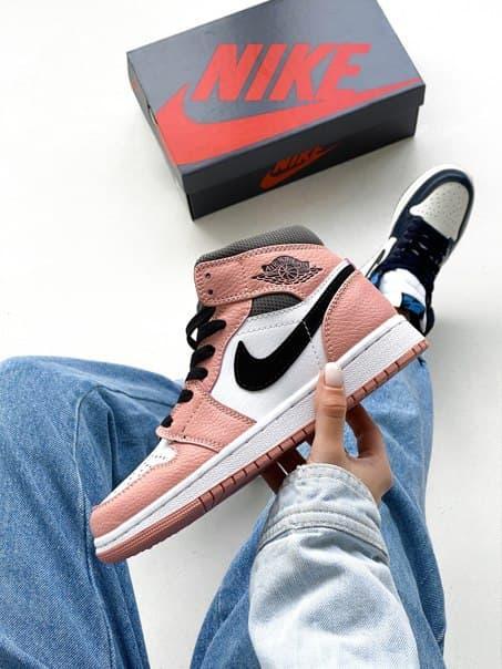 Шкіряні жіночі кросівки Nike Air Jordan (два кольори)