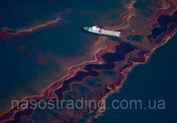 "МЧС доставил насос на танкер ""Надежда"" для откачки нефти после розлива"
