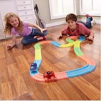 Детский гибкий игрушечный гоночный автотрек светящаяся трасса дорога конструктор Magic Tracks 360 деталей