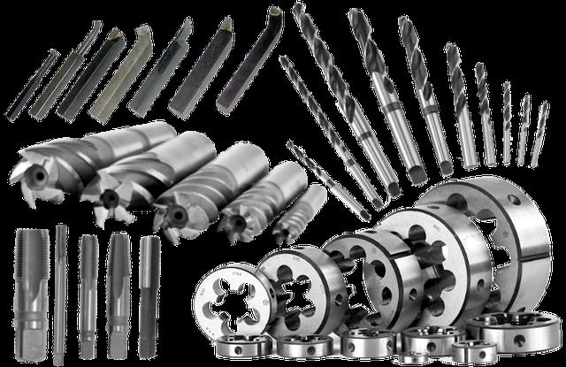 Инструмент металлорежущий развертки оснастка на токарных станках