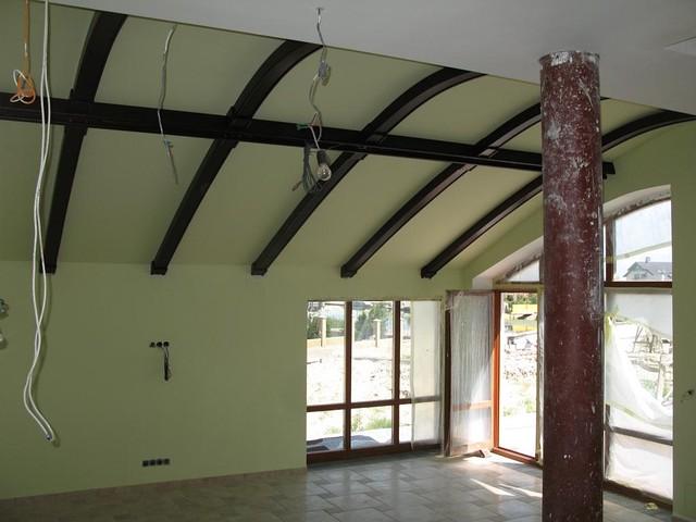 Балки наклонного потолка
