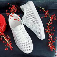 Женские кроссовки кожаные летние белые Yuves 591 Casual Перфорация. Кроссовки, кеды повседневные