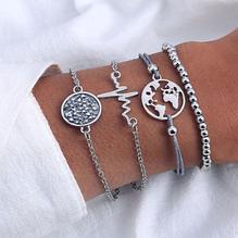 Стильний багатошаровий металевий браслет срібний (набір з чотирьох браслетів на руку)
