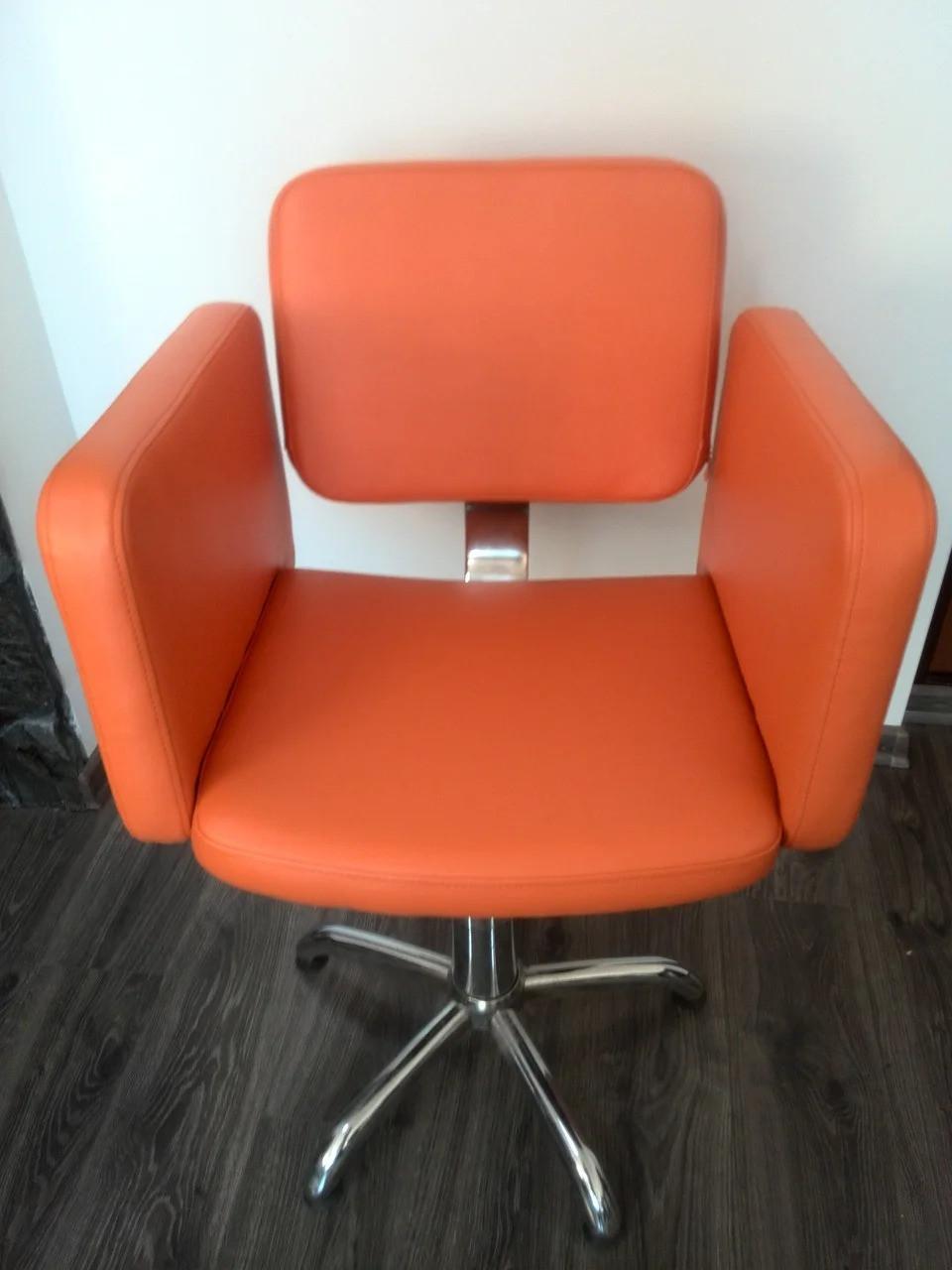 Кресло парикмахерское для салона красоты Олимп кресла для парикмахеров