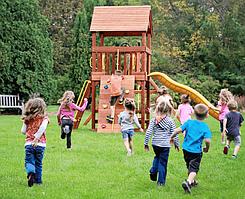 Советы - как выбрать детский игровой комплекс для дачи?