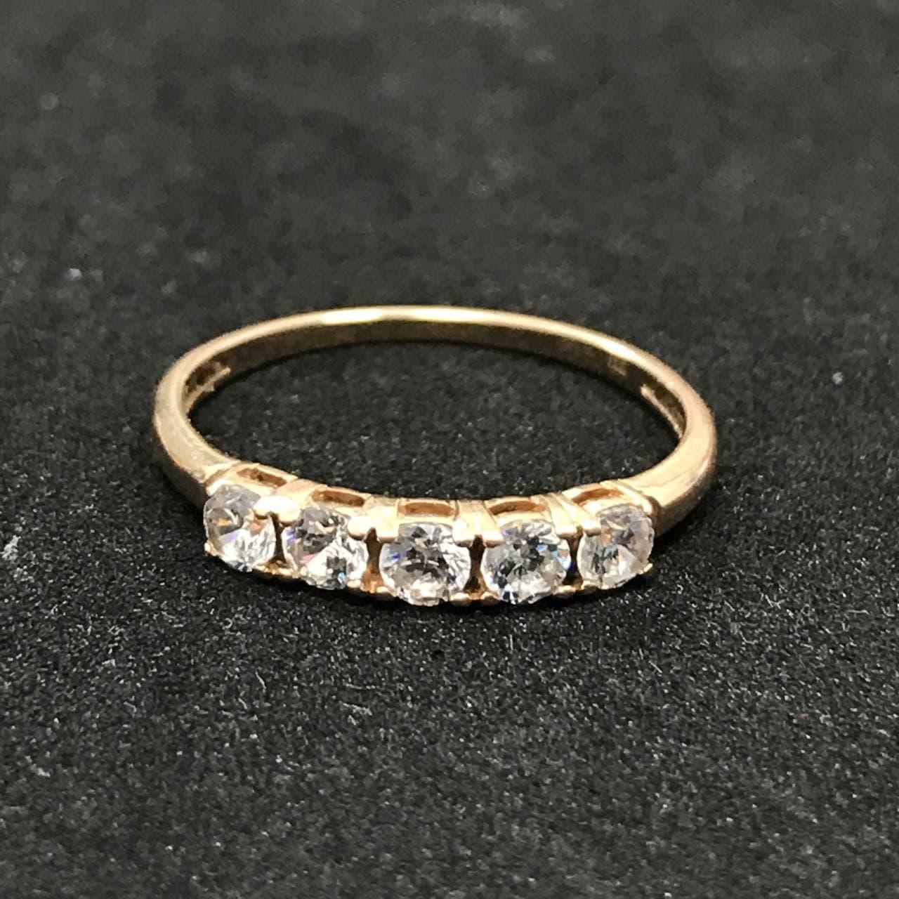 Золотое кольцо с фианитом 585 пробы, вес 1,74г. Б/у. Продажа по Украине