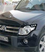 Защита на фары Mitsubishi Pagero Wagon (2006-)
